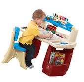 Step 2 Deluxe Kids Dry Erase Drawing Art Master Play Desk
