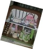Assembled dollhouse with furniture, New