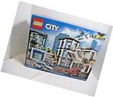 LEGO City Police Station Item No# 60141 894 Count New in Box