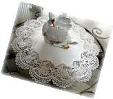 """Classic Rose Lace Doily European Round 16"""" Table Topper"""