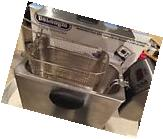 DeLonghi Dual Zone 3-Pound-Capacity Deep Fryer New Kitchen