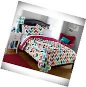 8 PIECE REVERSIBLE BEDDING SET BRIGHT CHEVRON BED IN A BAG