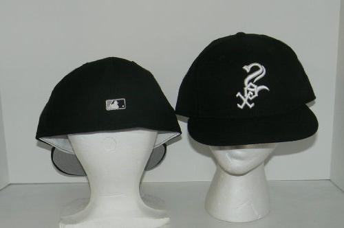 MLB Chicago White Sox Classic Leather Baseball Dog Collar
