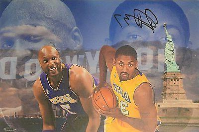 Ron Artest Hand Signed Autographed 13x20 Canvas Metta World